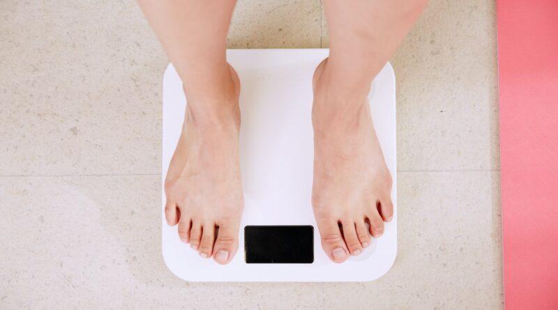 težine